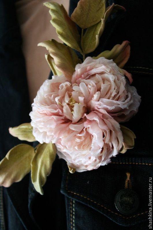 """Броши ручной работы. Ярмарка Мастеров - ручная работа. Купить Цветы из шелка. Брошь-роза """"Джослин"""". Handmade. Бежевый"""