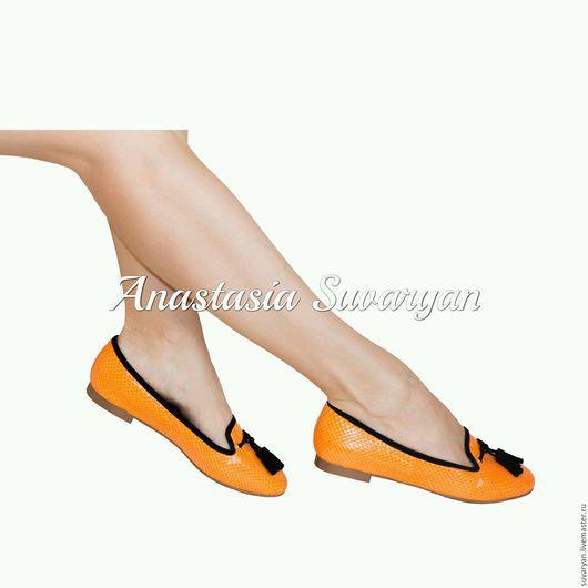 Обувь ручной работы. Ярмарка Мастеров - ручная работа. Купить Лоферы в натуральной коже питона. Handmade. Рыжий, апельсиновый цвет