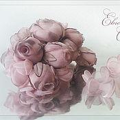Свадебный салон ручной работы. Ярмарка Мастеров - ручная работа Цветы на платье Бутоны роз. Handmade.