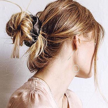 Украшения ручной работы. Ярмарка Мастеров - ручная работа Чёрная резинка для волос из натурального шёлка. Handmade.