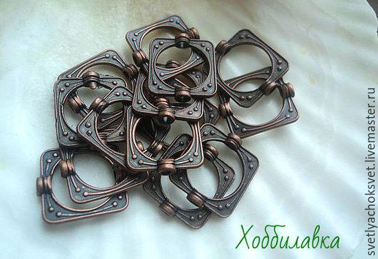 Рамочки для бусин Античная медь Квадрат размер 15 х 14 мм Внутренний диаметр  10 мм Размер отверстия 2 мм