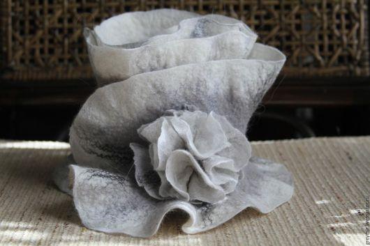 Шарфы и шарфики ручной работы. Купить шарф-горжетку валяный из шерсти Серая дымка. Серо-белый цвет. Теплый шарф. ГрейМир. Волкова Татьяна. Handmade