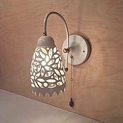 Для дома и интерьера ручной работы. Ярмарка Мастеров - ручная работа Керамический светильник на стену «Ажурный колокольчик». Handmade.