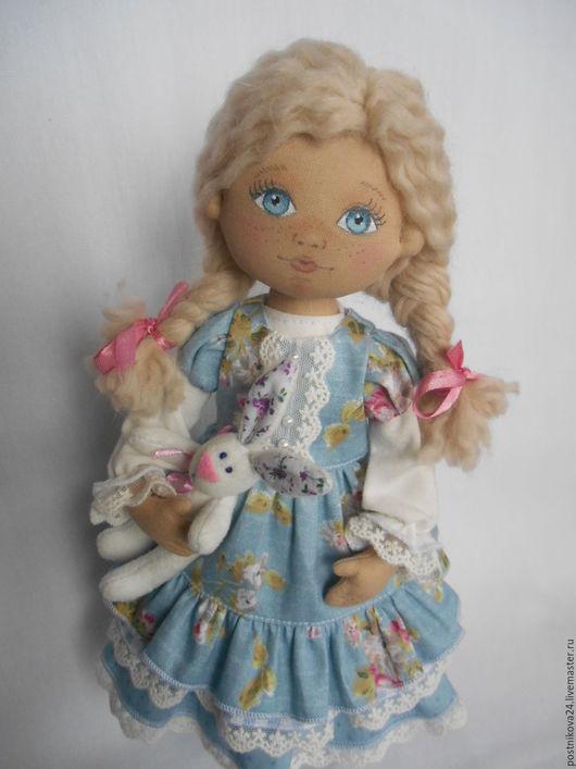 Коллекционные куклы ручной работы. Ярмарка Мастеров - ручная работа. Купить Интерьерная текстильная кукла,Дашенька.. Handmade. Голубой