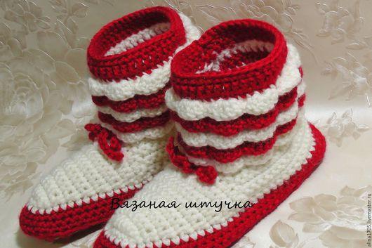 Обувь ручной работы. Ярмарка Мастеров - ручная работа. Купить Вязаные сапоги с рюшами (Вязаные сапожки, вязаная обувь, для дома). Handmade.