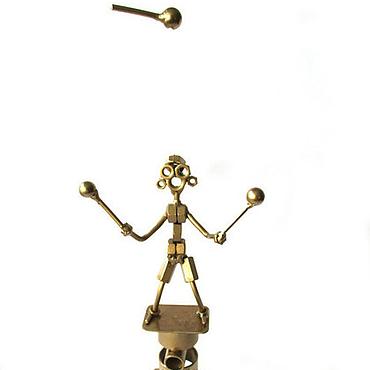 """Подарки к праздникам ручной работы. Ярмарка Мастеров - ручная работа Сувенир -  """"Эквилибрист жонглер"""". Handmade."""