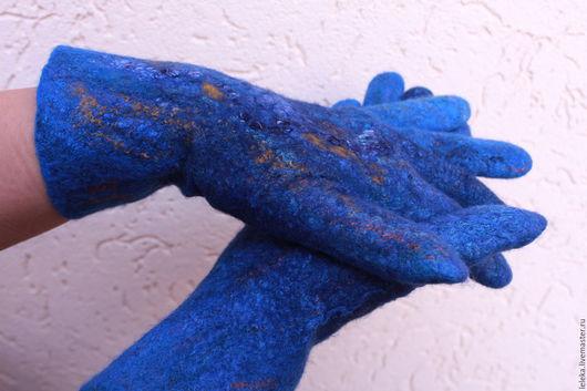 """Варежки, митенки, перчатки ручной работы. Ярмарка Мастеров - ручная работа. Купить перчатки валяные""""Глубокий синий"""". Handmade. Тёмно-синий"""