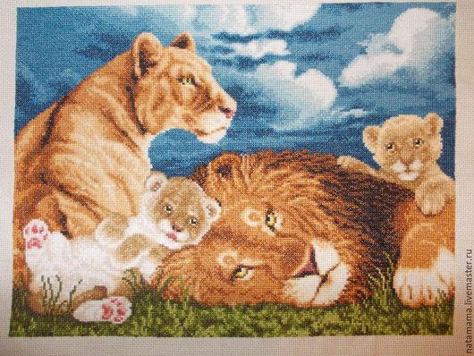 Животные ручной работы. Ярмарка Мастеров - ручная работа. Купить Картина вышитая крестиком Львята. Handmade. Синий, львенок, канва