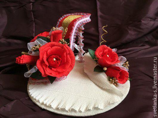 Цветы ручной работы. Ярмарка Мастеров - ручная работа. Купить Туфелька из конфет. Handmade. Гофрированная бумага, конфеты, конфетная композиция