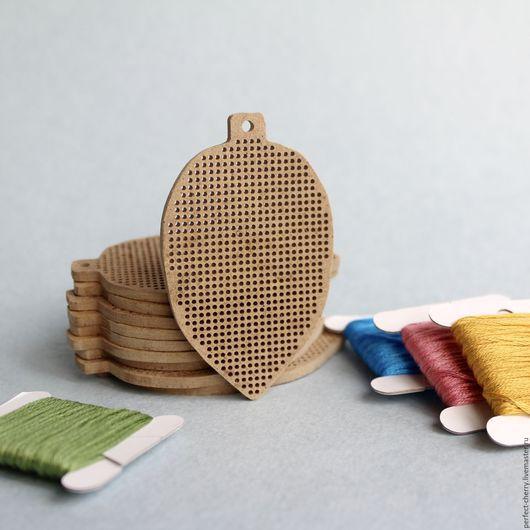 Вышивка ручной работы. Ярмарка Мастеров - ручная работа. Купить Основа для вышивания Шишка. Handmade. Бежевый, основа для вышивки, канва