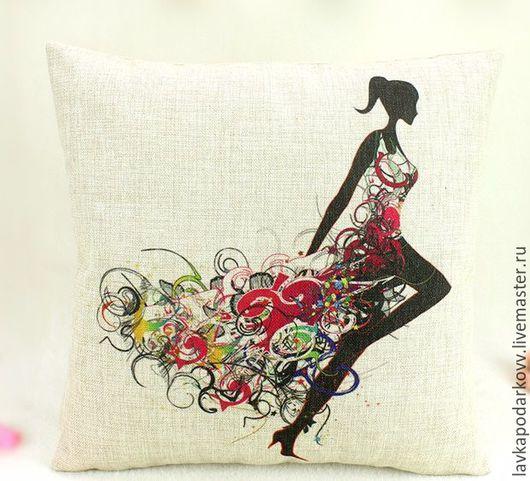 Подушка `нимфа в цветочном платье`