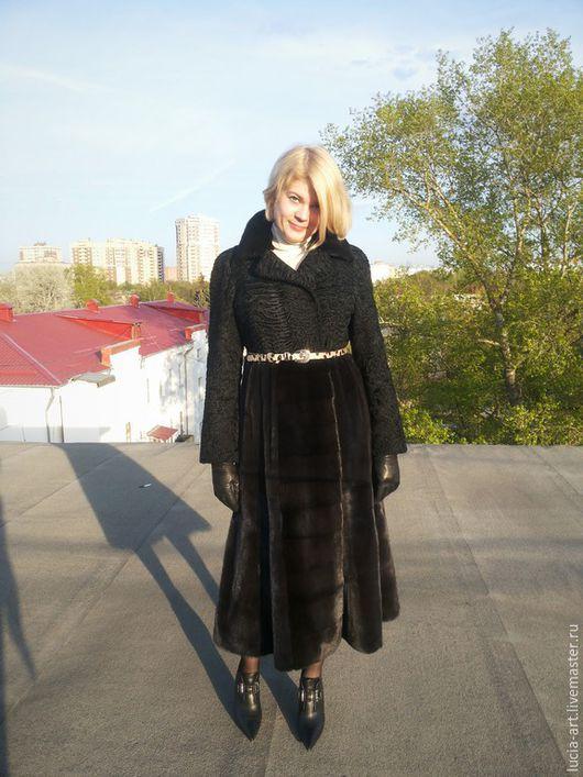 Верхняя одежда ручной работы. Ярмарка Мастеров - ручная работа. Купить Меховое пальто их каракуля и норки. Handmade. Черный