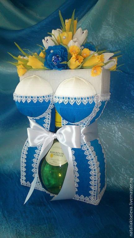 Подарочное оформление бутылок ручной работы. Ярмарка Мастеров - ручная работа. Купить Букет из конфет + Подарочная коробка. Handmade.