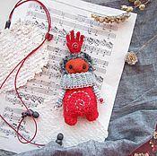Куклы и игрушки ручной работы. Ярмарка Мастеров - ручная работа Игрушка - красная рука - Red hand. Handmade.