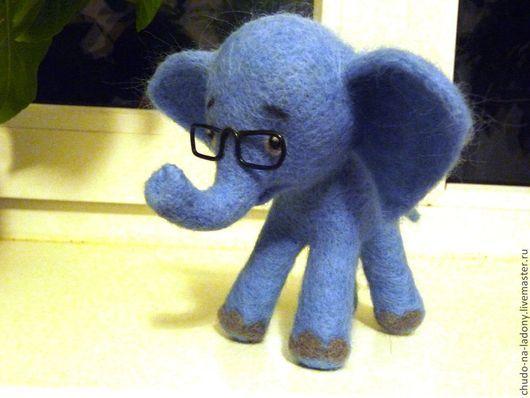 Игрушки животные, ручной работы. Ярмарка Мастеров - ручная работа. Купить Застенчивый слонёнок. Handmade. Серый, слоненок валянный