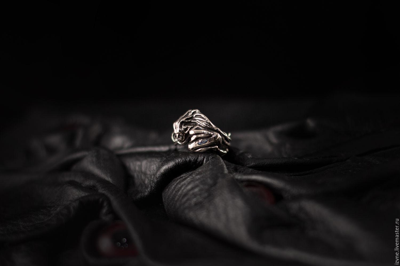 Парное кольцо `Корвус и Элейн` (Элейн). Серебро или бронза. Автор: Прасковья Власова