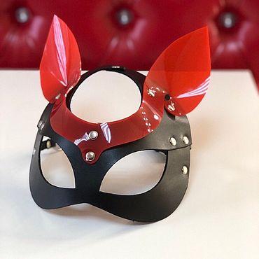 Аксессуары ручной работы. Ярмарка Мастеров - ручная работа Маска кошки с красными ушками. Handmade.