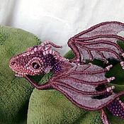 """Украшения ручной работы. Ярмарка Мастеров - ручная работа Брошь дракон  """"Лаванда"""" Брошь бисер. Вышитый  дракончик. Handmade."""