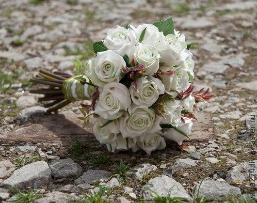 """Свадебные цветы ручной работы. Ярмарка Мастеров - ручная работа. Купить Свадебный букет из полимерной глины """"Белые розы"""". Handmade."""