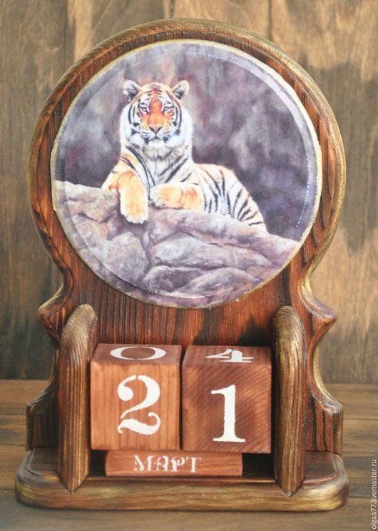 Календари ручной работы. Ярмарка Мастеров - ручная работа. Купить Вечный календарь Тигр. Handmade. Бордовый, календарь, календарь настольный