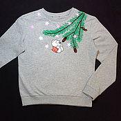 """Одежда ручной работы. Ярмарка Мастеров - ручная работа Новогодний свитшот с ручной вышивкой """"Мишка"""". Handmade."""