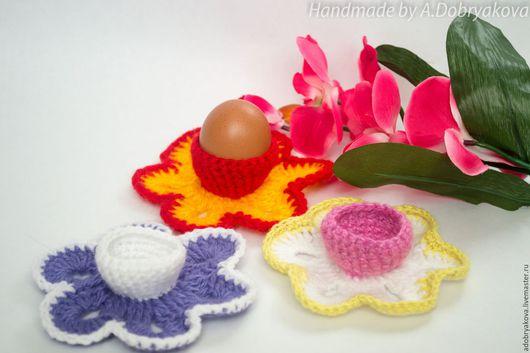 Подарки на Пасху ручной работы. Ярмарка Мастеров - ручная работа. Купить Яркая вязаная подставка под пасхальное яйцо. Handmade.