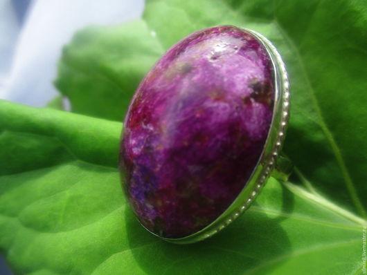 кольцо `Молодая роза`цена 4300 стихтит ,редкий минерал