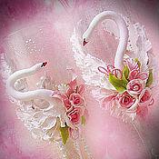 Свадебный салон ручной работы. Ярмарка Мастеров - ручная работа Бокалы на свадьбу с лепкой из полимерной глины Лебеди. Handmade.