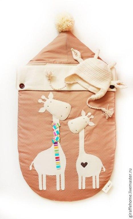 """Для новорожденных, ручной работы. Ярмарка Мастеров - ручная работа. Купить Конверт для новорожденного """"Жирафы"""". Handmade. Разноцветный, в горошек"""