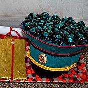Цветы и флористика ручной работы. Ярмарка Мастеров - ручная работа Фуражка из конфет. Handmade.