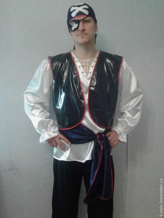 Карнавальные костюмы ручной работы. Ярмарка Мастеров - ручная работа. Купить Костюм пирата. Handmade. Черный, лаке, рубашка, Аппликация