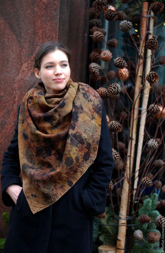 Шерстяной платок с экопринтом