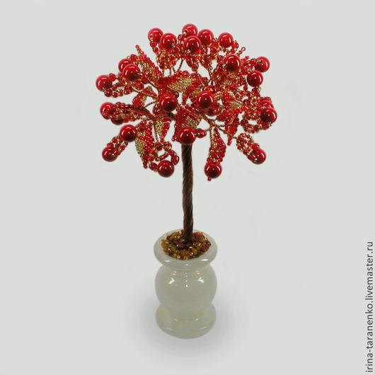 Дерево из коралла `Счастье в любви` в вазочке из оникса