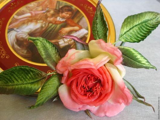 """Броши ручной работы. Ярмарка Мастеров - ручная работа. Купить Цветы из шелка роза - брошь корсажная  """"Розовые грезы"""". Handmade."""