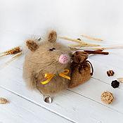 """Год Крысы 2020 ручной работы. Ярмарка Мастеров - ручная работа Мягкая игрушка """"Запасливая мышка"""" Интерьерная игрушка. Handmade."""