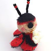 Куклы и игрушки ручной работы. Ярмарка Мастеров - ручная работа Божья Коровка вязаная игрушка. Handmade.