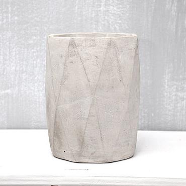 Цветы и флористика ручной работы. Ярмарка Мастеров - ручная работа Бетонная ваза Лофт грани для интерьера в стиле Минимализм. Handmade.