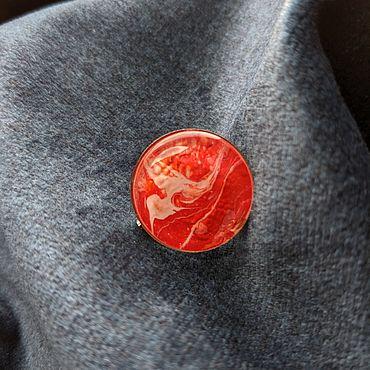 """Украшения ручной работы. Ярмарка Мастеров - ручная работа Брошь """"Белая птица на красном"""", огонь, флюид арт. Handmade."""