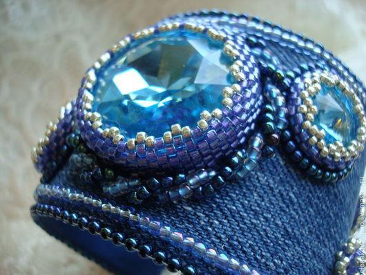 Браслеты ручной работы. Ярмарка Мастеров - ручная работа. Купить Джинсовый браслет. Handmade. Синий, джинсовый стиль, джинсовый браслет