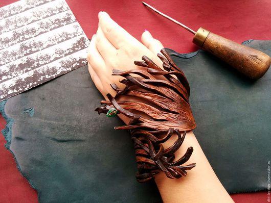 Браслеты ручной работы. Ярмарка Мастеров - ручная работа. Купить Браслет из натуральной кожи Per aspera ad astra. Handmade.