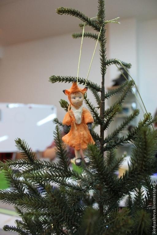 """Человечки ручной работы. Ярмарка Мастеров - ручная работа. Купить Ватная ёлочная игрушка """"На Ёлку!"""" -моё счастливое детство. Лисичка. Handmade."""