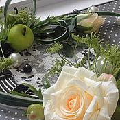 Картины и панно ручной работы. Ярмарка Мастеров - ручная работа Зеленые яблоки, желтые розы.. Handmade.