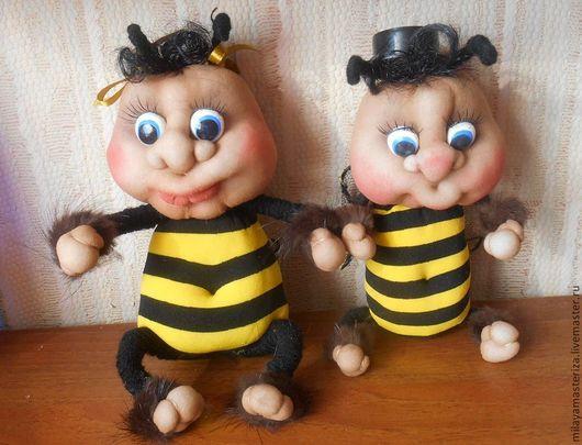 Человечки ручной работы. Ярмарка Мастеров - ручная работа. Купить Пчелка Майя. Handmade. Подарок, презент, чулочная кукла