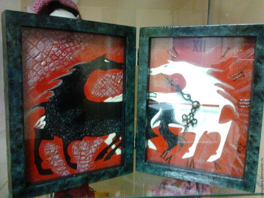 """Часы для дома ручной работы. Ярмарка Мастеров - ручная работа. Купить часы ручной работы """"лошадки"""". Handmade. Часы настольные"""