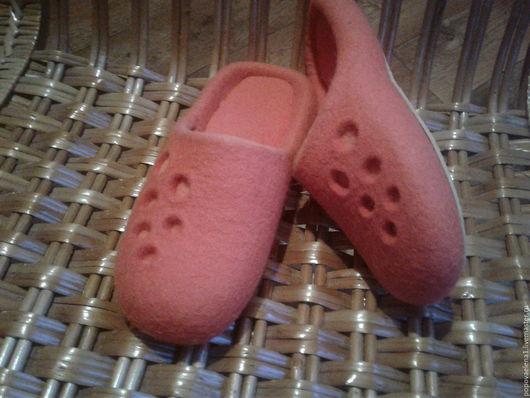 """Обувь ручной работы. Ярмарка Мастеров - ручная работа. Купить Тапочки валяные """" Геометрия"""". Handmade. Сиреневый, шерсть для валяния"""