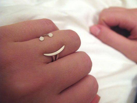 """Кольца ручной работы. Ярмарка Мастеров - ручная работа. Купить Кольцо """"Смайлик"""". Handmade. Смайлик, серебряное кольцо, веселое кольцо"""
