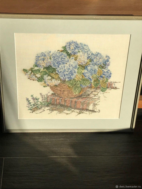 Embroidery 'Hydrangea', handmade, Holland, Vintage interior, Arnhem,  Фото №1