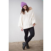 Одежда ручной работы. Ярмарка Мастеров - ручная работа белый свитер оверсайз, вязаный свитер, свитер с косами. Handmade.