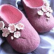 Обувь ручной работы. Ярмарка Мастеров - ручная работа Войлочные тапочки Сакура. Handmade.