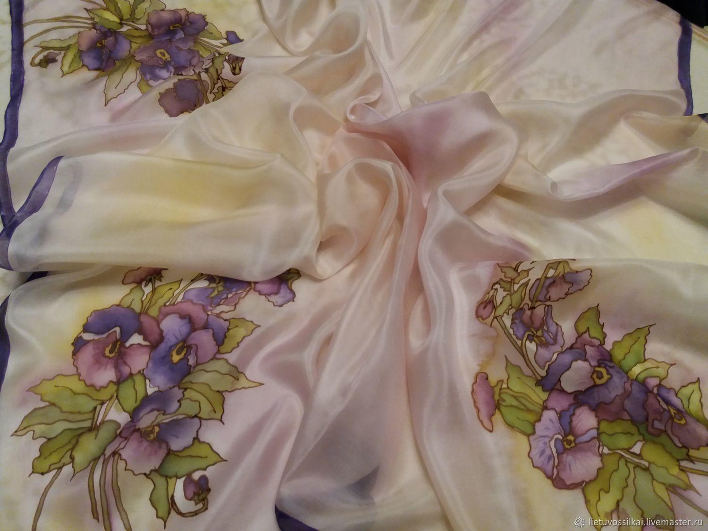 Silk scarf Pansy. 100% silk. Size 90h90 cm.